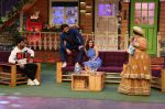 Ranveer Singh and Vaani Kapoor on the sets of The Kapil Sharma Show on 23rd Nov 2016 (15)_58368a2b63718.JPG