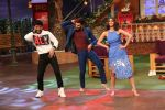 Ranveer Singh and Vaani Kapoor on the sets of The Kapil Sharma Show on 23rd Nov 2016 (9)_58368a106241b.JPG