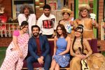 Ranveer Singh and Vaani Kapoor on the sets of The Kapil Sharma Show on 23rd Nov 2016 (3)_58368a0ec117b.JPG