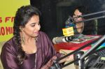 Vidya balan at Kahaani 2 Movie promotion in radio mirchi on 23rd Nov 2016 (235)_5836be7d2d678.JPG