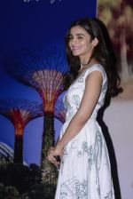 Alia Bhatt at Singapore tourism event on 25th Nov 2016 (25)_583850341879a.JPG