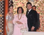 Alia Bhatt at the Ambani_s wedding party of their niece, Isheta Salgaoncar on 24th Nov 2016  (49)_58384e1a95be4.JPG