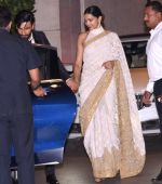 Deepika Padukone, Ranveer Singh at the Ambani_s wedding party of their niece, Isheta Salgaoncar on 24th Nov 2016 (100)_58384f290ca76.JPG