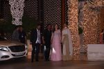 Deepika Padukone, Ranveer Singh at the Ambani_s wedding party of their niece, Isheta Salgaoncar on 24th Nov 2016 (88)_58384f41a30c5.JPG