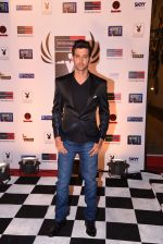 Hrithik Roshan at Peter England Mr India on 24th Nov 2016 (174)_583845a4e8ac2.JPG