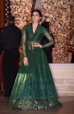 Kriti Sanon at the Ambani_s wedding party of their niece, Isheta Salgaoncar on 24th Nov 2016 (22)_58384f532c597.JPG