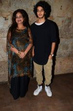 Neelima Azeem, Ishaan Khattar at Dear Zindagi screening in Mumbai on 24th Nov 2016 (32)_583848909edee.JPG