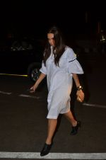 Neha Dhupia snapped at airport on 24th Nov 2016 (48)_583842630ff75.JPG