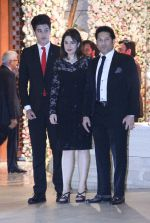 Sachin Tendulkar at the Ambani_s wedding party of their niece, Isheta Salgaoncar on 24th Nov 2016  (18)_58384ed0e8880.JPG