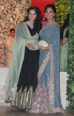 Sania Mirza, Lara Dutta at the Ambani_s wedding party of their niece, Isheta Salgaoncar on 24th Nov 2016  (94)_58384ee0d0e81.JPG