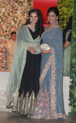 Sania Mirza, Lara Dutta at the Ambani_s wedding party of their niece, Isheta Salgaoncar on 24th Nov 2016  (96)_58384ee1b4bb7.JPG