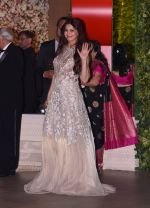 Sonali Bendre at the Ambani_s wedding party of their niece, Isheta Salgaoncar on 24th Nov 2016 (41)_58384f7d11916.JPG