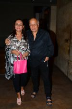 Soni Razdan, Mahesh Bhatt at Dear Zindagi screening in Mumbai on 24th Nov 2016 (28)_583848c457792.JPG