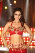 Ameesha Patel on location of a south indian movie on 25th Nov 2016 (201)_58396f55ccc15.JPG