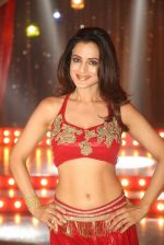 Ameesha Patel on location of a south indian movie on 25th Nov 2016 (208)_58396f604e038.JPG
