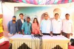 Ameesha Patel on location of a south indian movie on 25th Nov 2016 (73)_58396ead87997.JPG