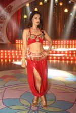 Ameesha Patel on location of a south indian movie on 25th Nov 2016 (111)_58396edd15bc2.JPG