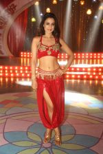 Ameesha Patel on location of a south indian movie on 25th Nov 2016 (116)_58396ee51f5c5.JPG