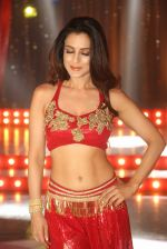 Ameesha Patel on location of a south indian movie on 25th Nov 2016 (149)_58396f196f6b9.JPG