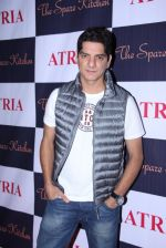 DJ Aqeel at Ritika and Kunal Vardhan_s Spare Kitchen launch in Atria Mall on 25th nov 2016 (11)_58396adb83203.JPG