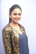 Rakul Preet Singh in Nitya Bajaj snapped on 25th Nov 2016 (86)_5839706692e39.JPG