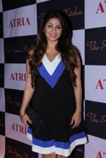 Tanisha Mukherjee at Ritika and Kunal Vardhan_s Spare Kitchen launch in Atria Mall on 25th nov 2016 (90)_58396b3e8fba9.JPG