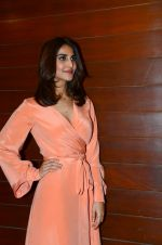 Vaani Kapoor at Befikre promotions in Mumbai on 25th Nov 2016 (4)_58396a2b3edd4.JPG