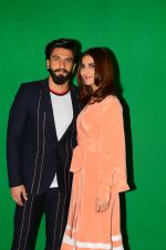 Vaani Kapoor, Ranveer Singh at Befikre promotions in Mumbai on 25th Nov 2016 (6)_58396a682d575.JPG