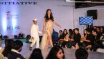 at Archana Kochhar fashion show in Mumbai on 25th Nov 2016 (58)_58396eb71a7dc.jpg