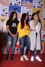 Alia Bhatt at Pet adoptation on 26th Nov 2016 (266)_583a85553decc.JPG