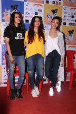 Alia Bhatt at Pet adoptation on 26th Nov 2016 (277)_583a855ca71d5.JPG