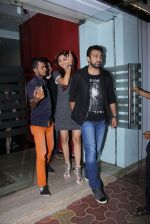 Shilpa Shetty, Raj Kundra snapped in Mumbai on 26th Nov 2016 (3)_583a86fa0e92b.JPG
