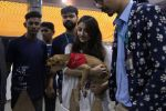 Soha Ali Khan at Pet adoptation on 26th Nov 2016 (75)_583a86599fd8b.JPG