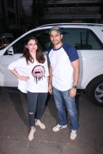 Soha Ali Khan, Kunal Khemu at Pet adoptation on 26th Nov 2016 (14)_583a865e36196.JPG