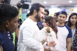 Soha Ali Khan, Kunal Khemu, Saif Ali Khan at Pet adoptation on 26th Nov 2016 (122)_583a862607d98.JPG