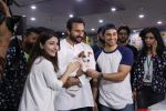 Soha Ali Khan, Kunal Khemu, Saif Ali Khan at Pet adoptation on 26th Nov 2016 (134)_583a85d5a3bef.JPG