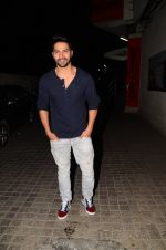 Varun Dhawan snapped at PVR on 26th Nov 2016 (4)_583a87181a2ab.JPG