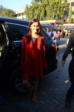 Alia Bhatt on a lunch date on 27th Nov 2016 (17)_583bd70da9b07.JPG
