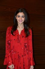 Alia Bhatt photo shoot in Mumbai on 27th Nov 2016 (10)_583bd65a854e8.JPG