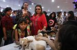 Farah Khan at pet adoption in Mumbai on 27th Nov 2016 (20)_583bdc2e1ee58.jpg