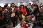 Farah Khan at pet adoption in Mumbai on 27th Nov 2016 (37)_583bdc3a8e952.jpg