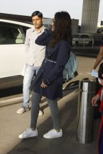 Parineeti Chopra snapped at airport on 27th Nov 2016 (34)_583bd60adec8d.JPG