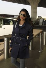 Parineeti Chopra snapped at airport on 27th Nov 2016 (38)_583bd60ca32c9.JPG
