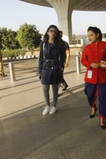 Parineeti Chopra snapped at airport on 27th Nov 2016 (44)_583bd610329ac.JPG