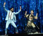 Ranveer Singh on the sets of Super Dancer on 27th Nov 2016 (8)_583bde20202f1.jpg