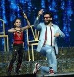 Ranveer Singh on the sets of Super Dancer on 27th Nov 2016 (13)_583bde229c332.JPG