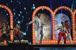 Ranveer Singh on the sets of Super Dancer on 27th Nov 2016 (86)_583bde39aeb66.JPG