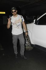 Sooraj Pancholi snapped at Airport on 27th Nov 2016 (22)_583bce85a8345.JPG