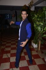 Sharman Joshi at May I come in Madam on location in Mumbai on 28th Nov 2016 (54)_583d28dff2720.JPG