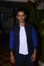 Sharman Joshi at May I come in Madam on location in Mumbai on 28th Nov 2016 (49)_583d28dc0e406.JPG
